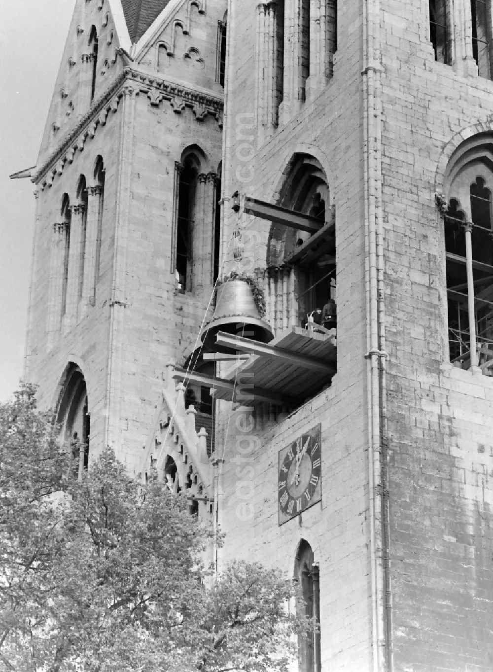 GDR picture archive: Halberstadt - Elevation of the cast bell Domina on the west facade of the cathedral - facade of the sacral building St. Stephanus and St. Sixtus on Domplatz in Halberstadt in the state Saxony-Anhalt in Germany