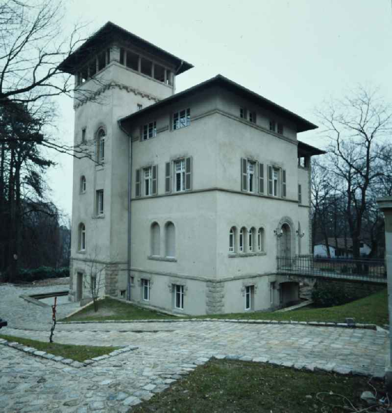 Facade of the villa an der Spitzweggasse in the district Babelsberg in Potsdam in the state Brandenburg on the territory of the former GDR, German Democratic Republic