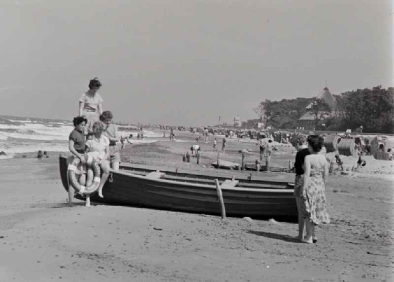 Beach activity and recreation on the Baltic Sea beach in Prerow in the state Mecklenburg-Western Pomerania on the territory of the former GDR, German Democratic Republic
