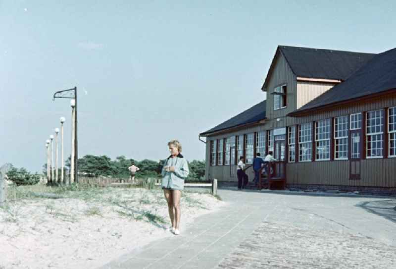 Building of the dance hall and the restaurant ' Duenenhaus ' in Prerow in the state Mecklenburg-Western Pomerania on the territory of the former GDR, German Democratic Republic